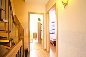 Best Private House Kamp (4173), Apartments  Hannover - big - 16