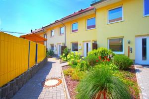Best Private House Kamp (4173), Apartments  Hannover - big - 20