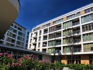 La Gioia Designer's Lofts Luxury Apartments