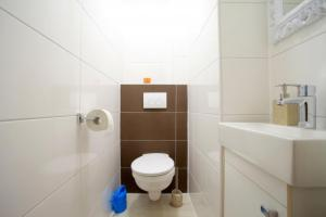 Private House Best Schweid (5871), Apartmány  Hannover - big - 10