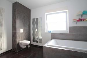 Private House Best Holz (5338), Apartmány  Hannover - big - 4