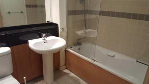 Gasworks - Luxury Apartments, Apartmanok  Dublin - big - 23