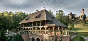 Zabytkowy Spichlerz w Olsztynie kolo Czestochowy