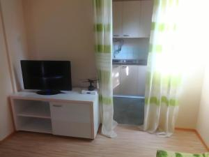 Karali Apartments, Apartmanok  Lagadin - big - 17