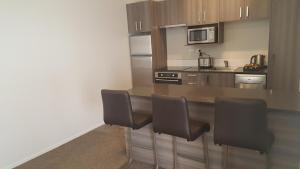 Ramada Suites by Wyndham Queenstown Remarkables Park, Szállodák  Queenstown - big - 2