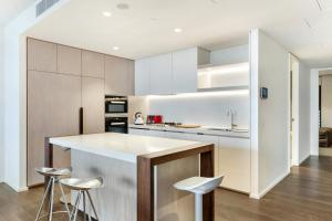 Barangaroo Luxury 2 Bed Apartment Sydney (501)
