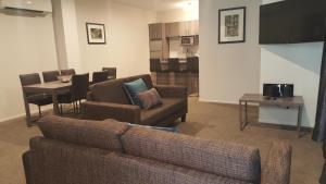 Ramada Suites by Wyndham Queenstown Remarkables Park, Szállodák  Queenstown - big - 13