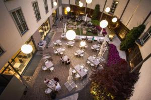 Winter Garden Hotel Bergamo Airport, Hotely  Grassobbio - big - 43