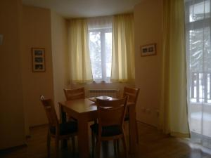 Persey Flora Apartments, Residence  Borovets - big - 3