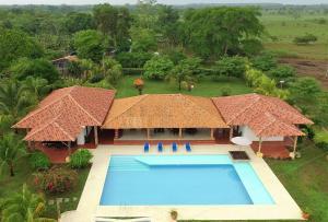 Hotel Campestre San Juan de los Llanos, Виллы  Yopal - big - 30