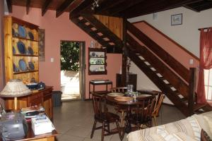 A1 Kynaston Accommodation, Bed and Breakfasts  Jeffreys Bay - big - 76
