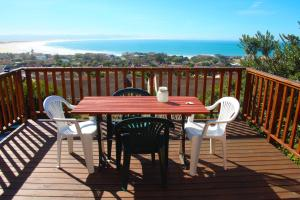 A1 Kynaston Accommodation, Bed and Breakfasts  Jeffreys Bay - big - 81