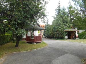 Ildikó Vendégház, Guest houses  Kerepes - big - 21