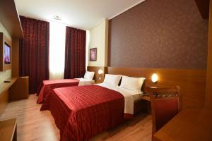 Hotel Austria, Hotels  Tirana - big - 20