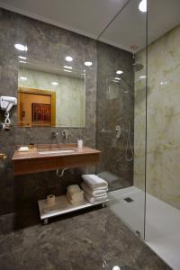 Hotel Austria, Hotel  Tirana - big - 19