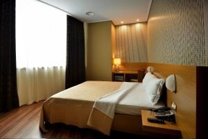 Hotel Austria, Hotel  Tirana - big - 17