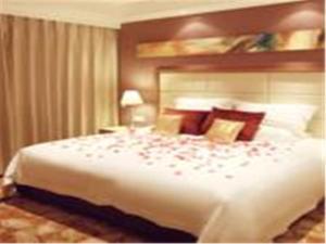 Home Inn Ji'nan South Gongye Road East Coach Station, Hotely  Jinan - big - 9
