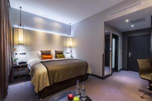 Montcalm Club Double Room