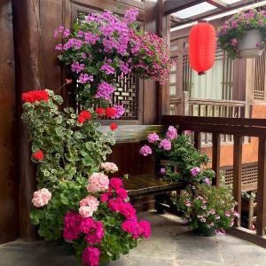 Lijiang Shuhe Qingtao Inn, Penziony  Lijiang - big - 104