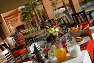 Oasis Palm Hotel, Hotely  Guelmim - big - 43