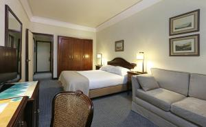 Special Offer - Lisboa Double or Twin Room (over 55 years old)