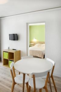 Résidence de Tourisme l'Albatros, Apartmány  Palavas-les-Flots - big - 22