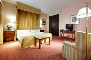 Hotel Monasterio de San Miguel (2 of 82)
