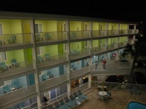 Pelican Pointe Hotel, Motely  Clearwater Beach - big - 31