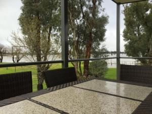 DC on the Lake, Holiday parks  Mulwala - big - 46