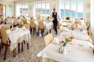 Hotel Golfo E Palme, Hotel  Diano Marina - big - 53