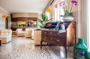 Hotel Golfo E Palme, Hotel  Diano Marina - big - 49