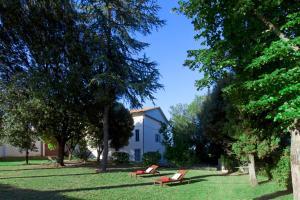 Borgo Iris - AbcAlberghi.com