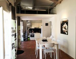 La Villa De Port-Miou, Apartmanok  Cassis - big - 17