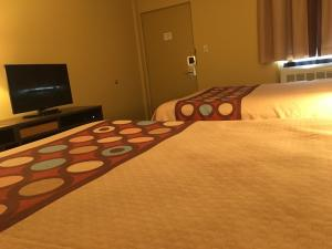 Queen Room with Two Queen Beds - Non-Smoking (4 Adults)
