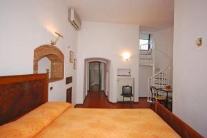 A La Casa Dei Potenti - AbcAlberghi.com