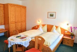 Garni Meinrad, Guest houses  Ora/Auer - big - 16