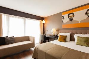 Luxury Quadruple Room with Balcony