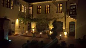 Guesthouse Maksimilian, Vendégházak  Eszék - big - 71