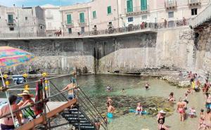 Appartamento Dammuso Ortigia, Ferienwohnungen  Syrakus - big - 16