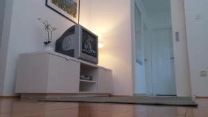 Apartment Helena, Apartments  Tribunj - big - 10