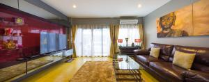 Luxury Town House in the Heart of the Old City, Ferienhäuser  Chiang Mai - big - 5