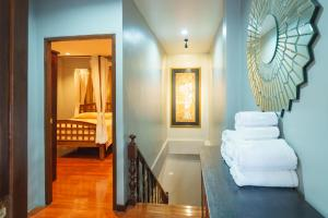 Luxury Town House in the Heart of the Old City, Ferienhäuser  Chiang Mai - big - 16