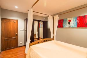 Luxury Town House in the Heart of the Old City, Ferienhäuser  Chiang Mai - big - 17