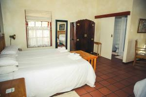 Wilgewandel Holiday Farm & Day Restaurant, Bed & Breakfasts  Oudtshoorn - big - 14