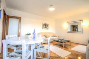 Asko Apartment, Апартаменты  Нови-Сад - big - 8