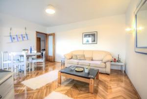 Asko Apartment, Апартаменты  Нови-Сад - big - 3