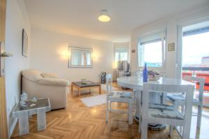 Asko Apartment, Апартаменты  Нови-Сад - big - 2