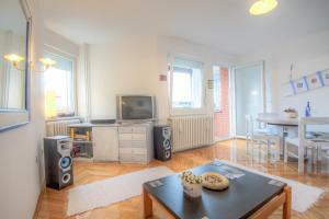 Asko Apartment, Апартаменты  Нови-Сад - big - 20