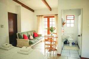 Wilgewandel Holiday Farm & Day Restaurant, Bed & Breakfasts  Oudtshoorn - big - 28