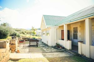 Wilgewandel Holiday Farm & Day Restaurant, Bed & Breakfasts  Oudtshoorn - big - 45